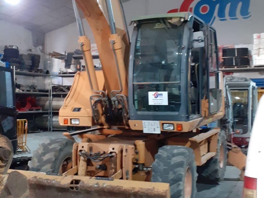 Excavadora de ruedas CASE WX165